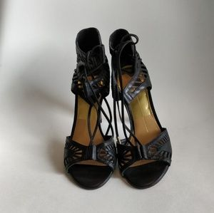 Dolce Vita Black Henlie Open Toe Sandals - Size 6